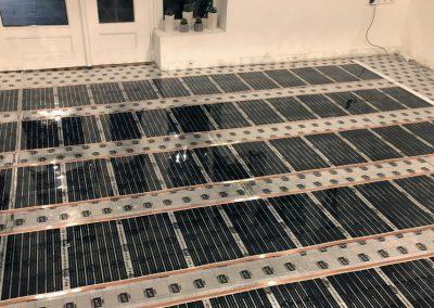 Iroda padlófűtés telepítve